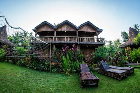 Red Island Surf Camp- 2 Person Ocean Balcony Room - Guesthouse
