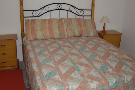 Double Room with En-Suite Bathroom - Bed & Breakfast