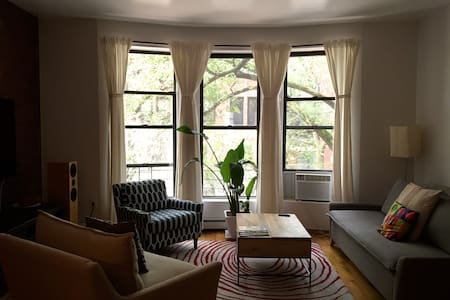 Sunny and spacious, 1 Bdrm, UWS