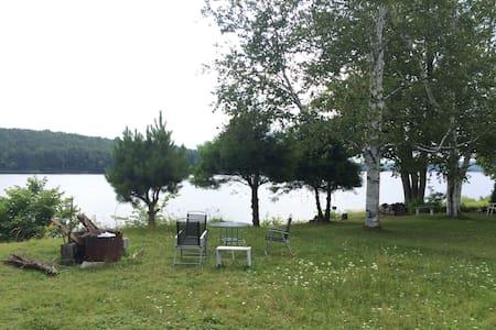Camping et beauté de la Riviere - Tente