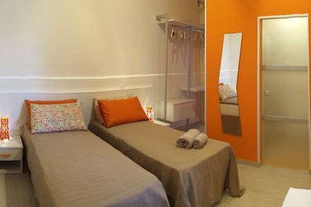 ORANGE ROOM - Reggio Calabria - Casa