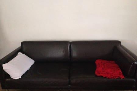 Cheap sofa/ 5 blocks from beach :)