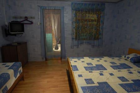 Сдаются отдельные уютные домики - Σπίτι