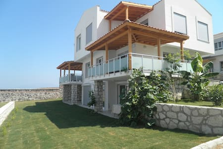 Villa nearby Alaçatı, with big pool