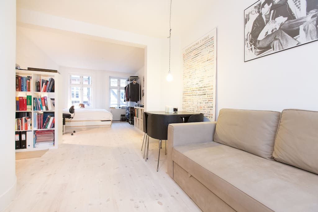 Studio flat by Sankt Hans Torv