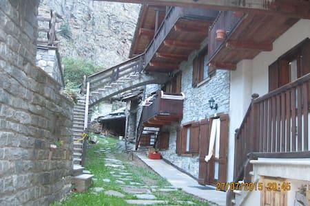 """casa in montagna  """"Mono René"""" - Apartment"""
