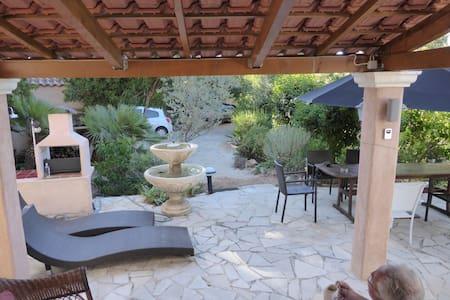 """villa """"le petit paradis"""" - Cavalaire-sur-Mer"""