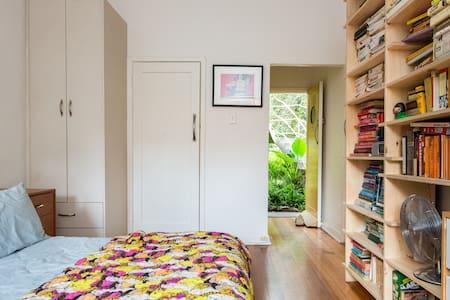 Beautiful studio apartment - Fitzroy - Apartment