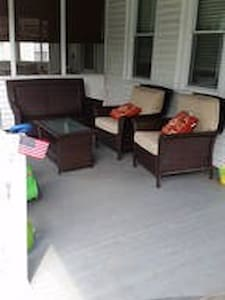 Spacious 3 bdr twin for Pope visit - Riverton - House