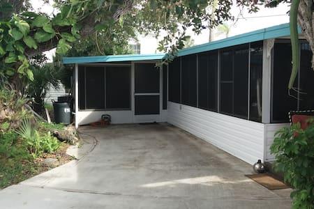 Old Florida near Anna Maria Island - Cortez - Other