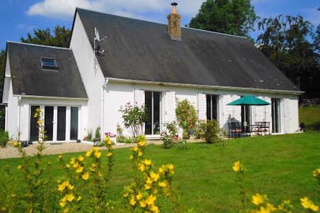 Beautiful, Friendly and Spacious BB - Blangy-le-Château - Bed & Breakfast