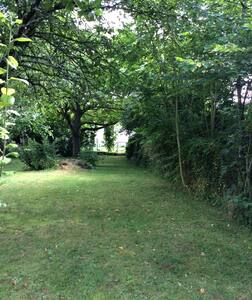 Vrijstaand huisje/Gite/Cottage,  tuin/jardin prive - Cabin