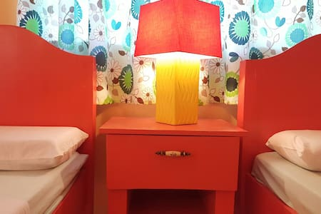 ☆Colorful 1BR/4pax-Samal island☆ - Bed & Breakfast