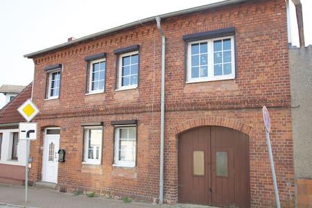 Gemütliche Wohnung in Kröpelin - Condominium