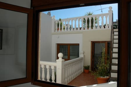 Seaside Village En-suite Studio - Xàbia - House