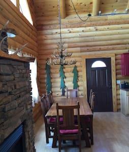 O'Pinon Nut Cabin - Navajo County - Chalet