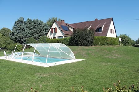 House, 5 bedrooms, + heated sw.pool - Widensolen