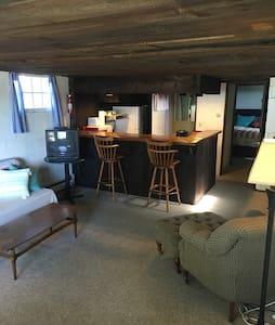 The Snug - affordable waterfront! - Kennebunkport - Lägenhet