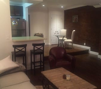 Amazing 1-bedroom near Central Park