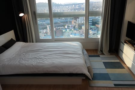 Near Cheonan Station with Nice View - Apartment