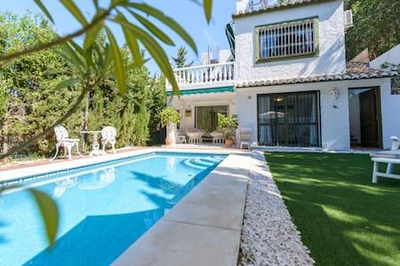 Wonderful Villa Coastal Mijas Spain - Calahonda - Villa