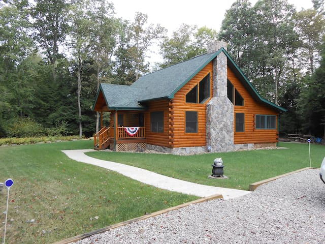 Log Cabin In Wooded Nw Pennsylvania Cabins For Rent In