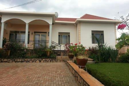 Kunda Apartment Fullfurnished house - Kigali
