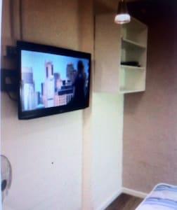 SYDNEY STUDIO Apartment Selfcontain - Camperdown - Apartment