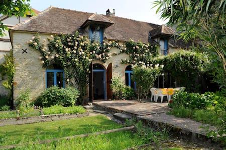 Maison de charme en Champagne - Casa