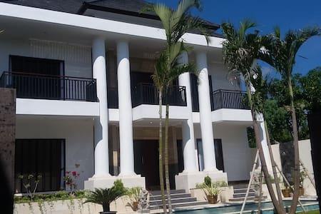 Newly built villa in Jimbaran