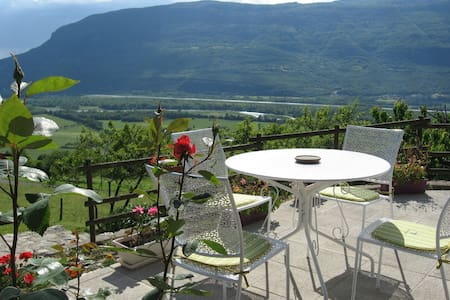 2 chambres, vue imprenable au calme - Bed & Breakfast