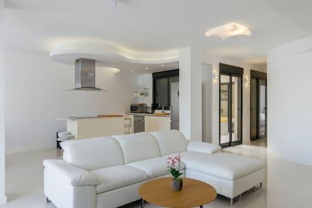 Luxury Condominium in La Zenia - Apartamento