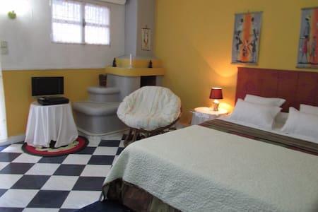 Charmant studio en ville,sécurisé, services inclus - Antananarivo - Lägenhet
