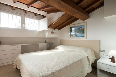 Santa Maria Novella Suite