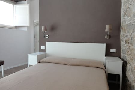 Il Giglio - Double Room - Bed & Breakfast