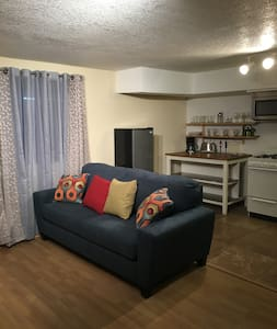 $90 Studio 3 miles from Mountain High Ski Resort - Wrightwood - Wohnung