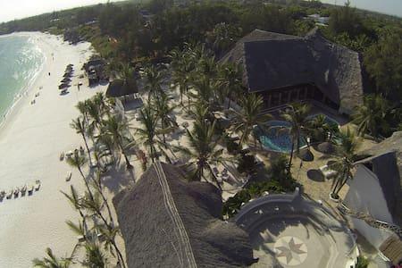 Camere  stile swahili sul mare - Szoba reggelivel
