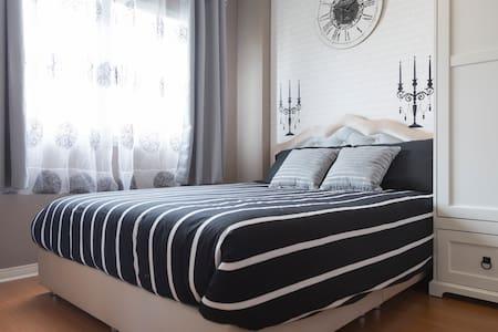 sweet room for u    and sleep happy - กรุงเทพมหานคร