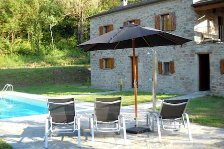 Casa la Brugna landhuis met zwembad - House