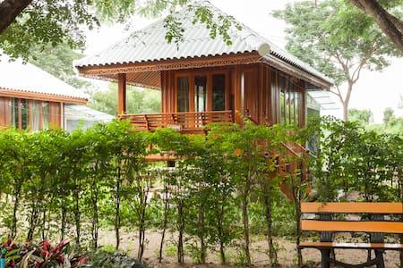 บ้านสวนไผ่โฮมสเตย์ BAMBOO HOMESTAY - Tambon Ban Paen
