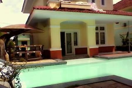 Villa luxury1 swimming pool puncak - Villa