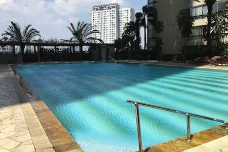 2BR / Taman Anggrek / Jakarta - Lejlighed