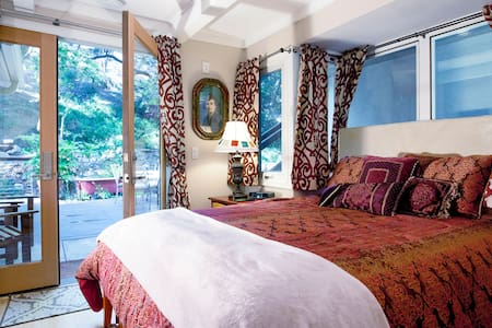 Anam Cara 4: Room of Windows, Creek - Topanga