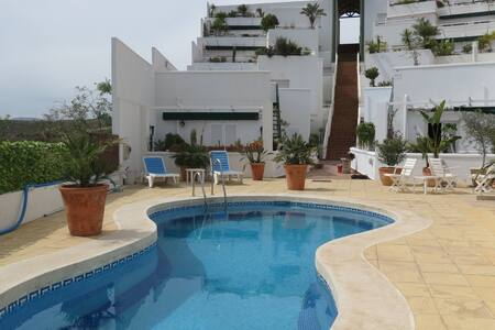 Apartment for 2-4 people, 700m away from the beach - Apartamento