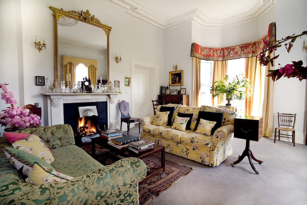 The drawing room, where guests are served fresh tea upon arrival.
