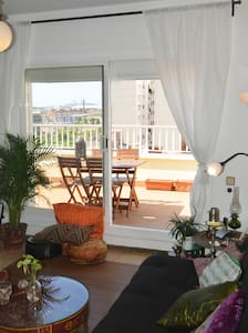 BEACH APARTMENT WITH 2 BIG TERRACES - Appartement