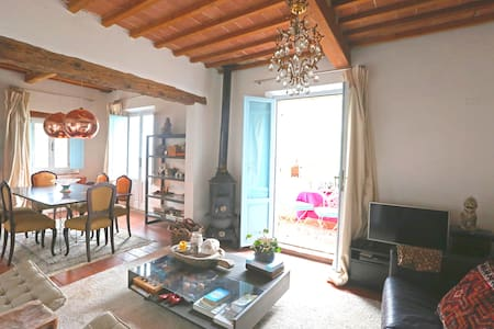 2 Bed Penthouse Apartment, Umbria/Tuscany border - Apartment
