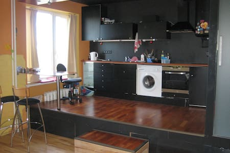 Bright and cozy apartment, 15 km from Tallin - Apartment
