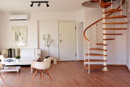 360° View privateTerrace 3story apt - Kallithea - Apartment