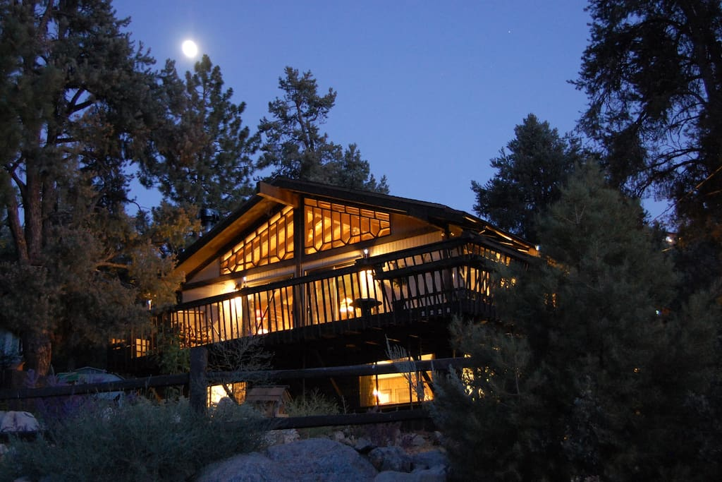 ROCKY TOP LODGE aglow in the moonlight!